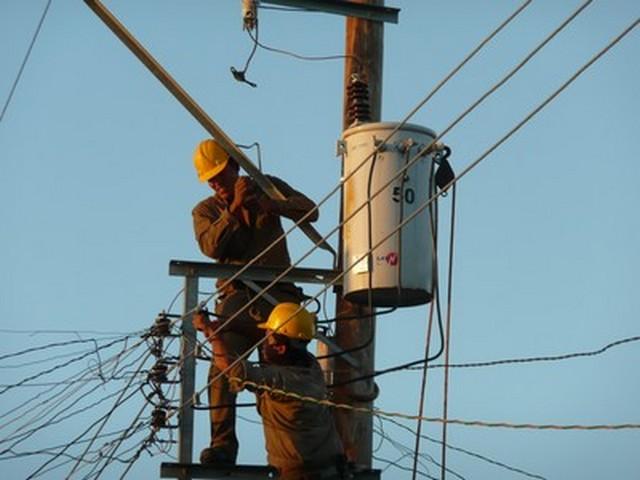 operai dell'elettricitá - 2