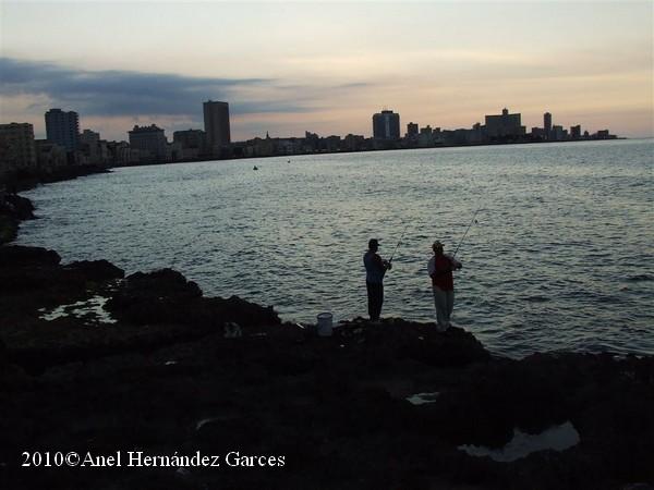 La Habana - El Malecon Pescatori 1